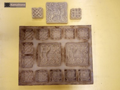 Полиуретановая форма для декоративного камня Декоры-изразцы «Кони» в зверином стиле